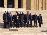 Cumhuriyet Meclisi Başkanlık Dicanı Anıtkabir'i ziyaret etti