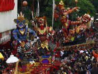 Çin'de ''Maymun Yılı'' kutlanıyor