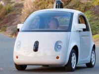 Google'ın sürücüsüz otomobili otobüse çarptı