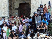 Gözaltındaki darbe karşıtı göstericilere hapis