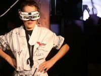 Genç drone ustası, birincilikle beraber 250 bin doların sahibi (video)