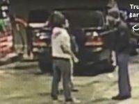 Trump taraftarı, Müslüman öğrenciye saldırdı (video)