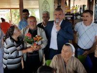 Karpaz Belediyesi ve Vakıflar İdaresi yaşlılara yemek düzenledi