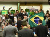 Brezilya Cumhurbaşkanı'na soruşturma darbesi