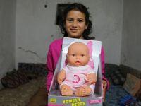 Suriyeli 300 çocuğa oyuncak