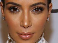 Kim Kardashian doğumdan sonra ilk kez mayolu!