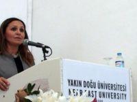 """Yakın Doğu Üniversitesi'nde """"BİLİŞİM ve SAĞLIK"""" Masaya Yatırıldı"""
