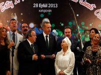 Erdoğan Neşet Ertaş anısına türkü söyledi