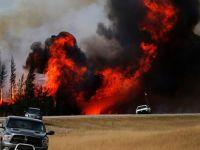 Kanada'daki büyük yangının aylarca süreceği tahmin ediliyor
