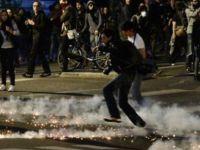 Fransa'da devlet dayatmasına protesto!