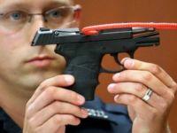 Cinayet silahı açık arttırmada satıldı!