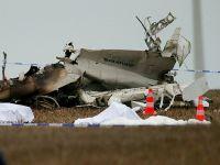 Belçika'da paraşütçüleri taşıyan uçak düştü