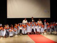 Mağusa'da minikler karne ve diplomalarını aldı