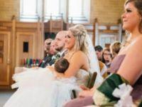 Nikah töreninde bebeğini emziren gelin viral oldu