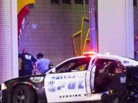 ABD karıştı! Dallas'ta dört polis memuru öldürüldü