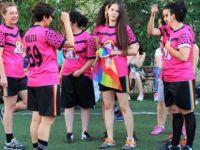 LGBTİ'lerden 4 futbol takımı: Atletik dildao, Lezyonerler, Queer Park Rangers, Sportif Lezbon