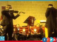 Yrd. Doç. Dr. Ertem Nalbantoğlu'ndan 'solo keman konseri'
