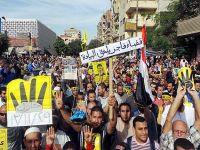"""Darbe karşıtları """"gösteri yasasına"""" rağmen sokaklarda"""