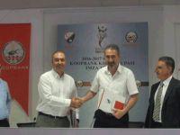 KOOP-BANK Kıbrıs Kupası için imzalar atıldı