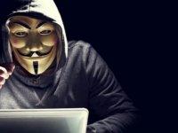 Anonymous Amerikalı komedyenin hesabını hackledi