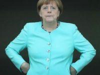 Merkel Almanların desteğini kaybediyor...