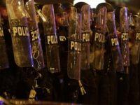 ABD'de protesto değil, sokak çatışması!