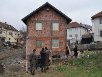 Bosnalı Sırp Belediye katliamın sembolü evi yıkacak