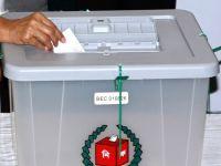 Bangladeş'te seçimi iktidardaki Avami Partisi kazandı