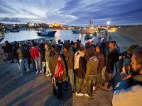 Çatışmalardan kaçanları taşıyan tekne battı: 200 ölü