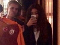 Formayla poz veren Justin Bieber: Şampiyon Galatasaray!