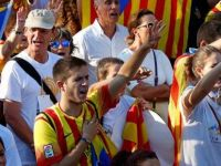 Katalonya'da referandum kararı