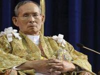Tayland'ın 52 yıllık kralı hayatını kaybetti