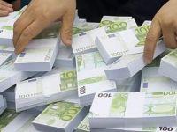 """Kıbrıs'ın güneyinde """"mali uyum"""" endişesi"""