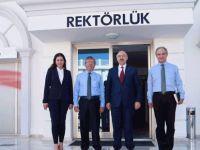 İstanbul Üniversitesi Rektörü, Dr. Suat Günsel Girne Üniversitesi Hastanesini gezdi