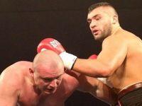 """Türk boksörün Polonyalı rakibi """"Hayatımı tehlikeye atamam"""" dedi ve ringi terk etti!"""