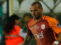Sneijder kendini zorladı, hafta sonu yok!