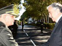Cumhurbaşkanı Akıncı KTBK Komutanı Korgeneral Ömer Paç'ı ziyaret etti