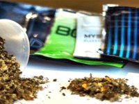 10 gram sentetik cannabinoid tasarrufundan 3 kişi tutuklandı