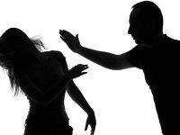 Kadın avukatlar kadına şiddete karşı ses verdi