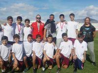 Yakın Doğu Koleji'nin  15 Kasım Yol Yarışlarındaki Büyük Başarısı