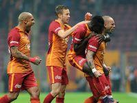 Galatasaray Bursa'yı 3'ledi.