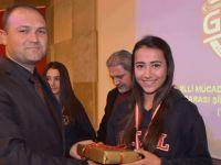 Radyo Güven 'Liselerarası Şiir ve Kompozisyon Yarışması' düzenledi