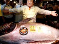 1 kilogram balık için 10 bin 700 lira ödedi!