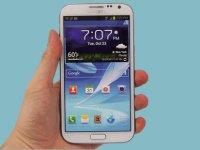 Samsung, Çentiği Ekranın Kenarına Getiriyor