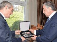 Cumhurbaşkanı Akıncı, Büyükelçi Kanbay'ı kabul etti