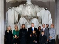 Washington'da Trump için karşılama töreni