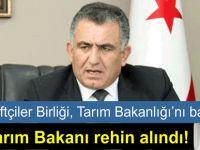Son Dakika: Tarım Bakanı Nazım Çavuşoğlu rehin alındı!