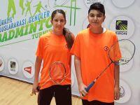Yakın Doğu Koleji milli badmintoncuları Dünya Şampiyonası'na katıldı