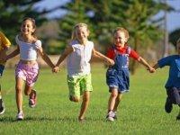 GÜKAD'dan çocuklara yardım