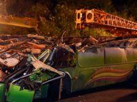 Tayvan'daki otobüs kazasında ölü sayısı 33'e çıktı